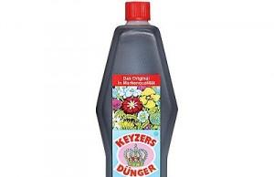 Keyzers Dünger wird üblicherweise in zwei Gebinden angeboten - mit 0,5 Litern und 1 Liter (Foto: QVC)