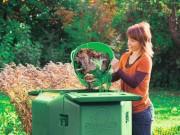 Komposter Test: Die Wärmedämmung des Thermokomposters sorgt für eine schnelle Verrottung und hochwertigen Kompost (Foto: Neudorff)